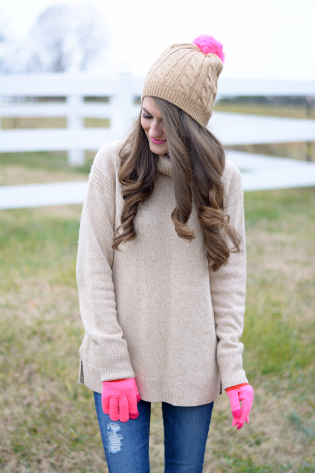 Love this beanie with the pink pom pom! 8eb016207d41