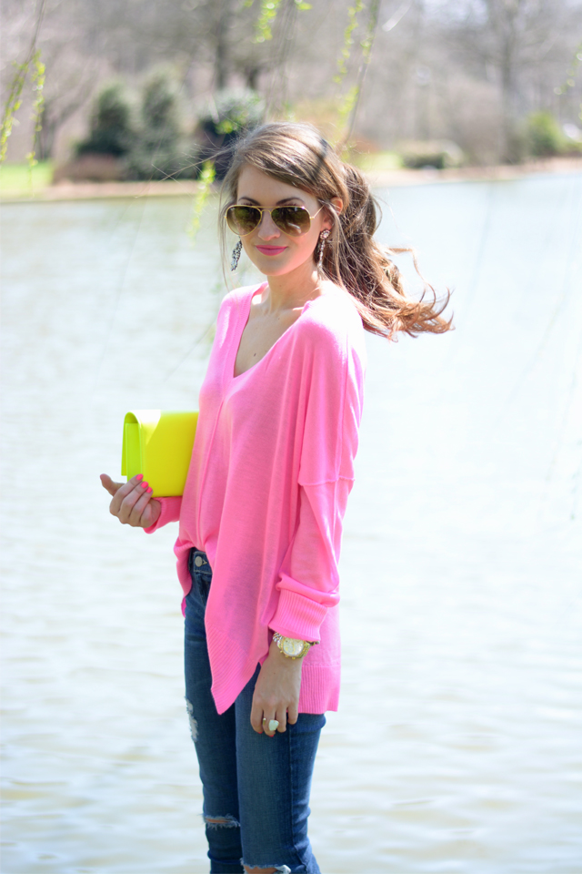 Cute spring outfit, very bright!