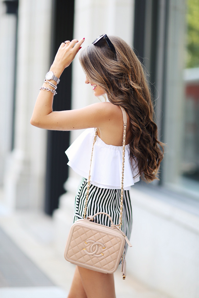 Love this summer outfit and the Chanel handbag