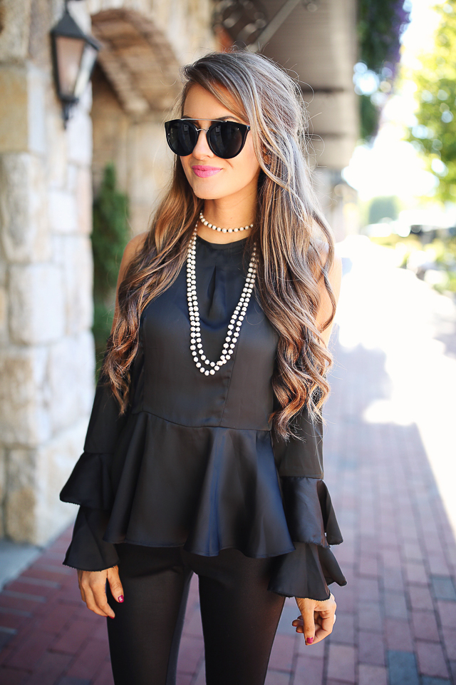 35a6e86e13cb5c All Black Outfit · Carolee cultured freshwater pearl necklace    ASOS cold  shoulder top