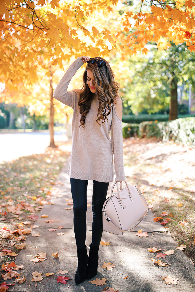 Love this neutral outfit - beige sweater, leather leggings, black booties