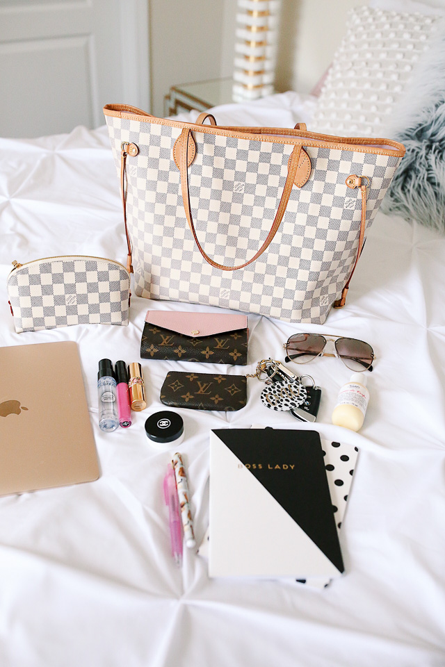 359b1b0384eb Louis Vuitton Neverfull Review + What s In My Bag! – Southern Curls ...