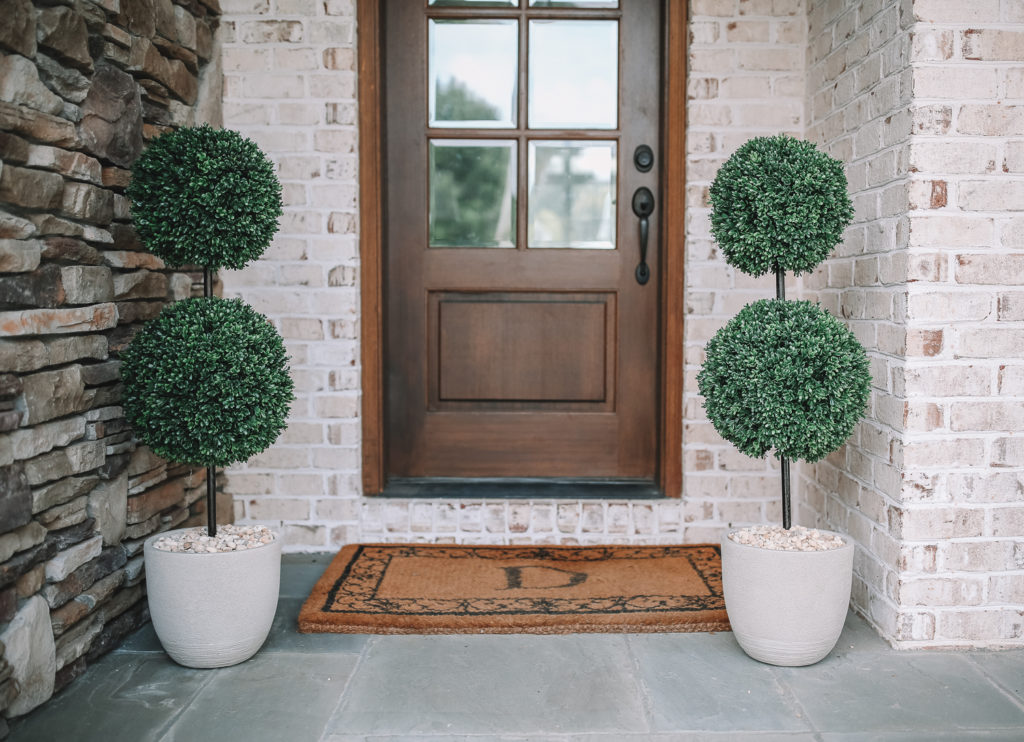No Hassle Front Porch Decor Southern Curls Pearls
